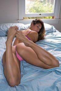 Eva Lovia Wakey Wakey 1
