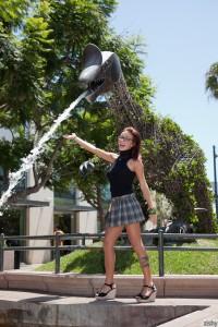Victoria Lynn Visits Promenade  4