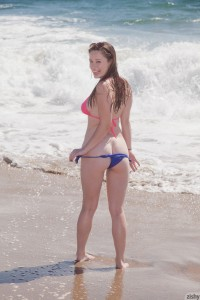 Natalie Moore Sand Crackles 4