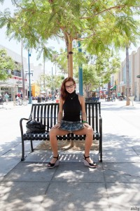 Victoria Lynn Visits Promenade  7